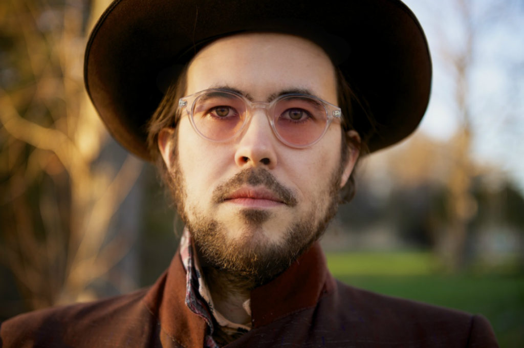 Elvis Perkins en American Autumn